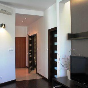 Giełdowa-korytarz1